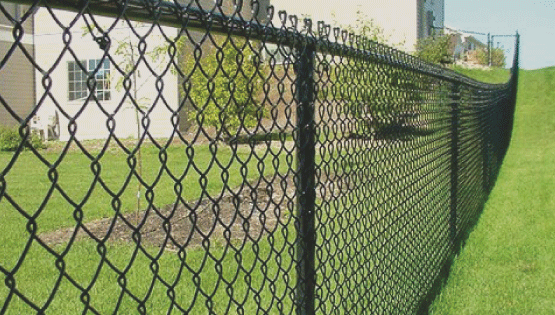 Chain link fence Roanoke Va is great because it can last a very long time and is very affordable. Chain link fences are one of the most popular fence types to install in the area.